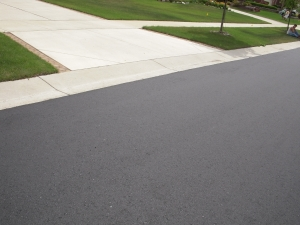 Asphalt Sealer Farmington MI | Copeland Paving Inc. - 071